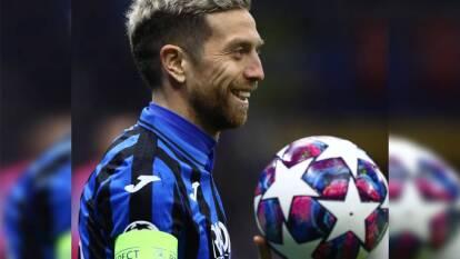 El 'Papu' Gómez hizo un partido de 10 y guió al Atalanta a golear al Valencia. La 'Cenicienta' tiene un pie en cuartos de final.