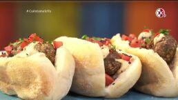Receta: ¡Un hot dog al estilo árabe!