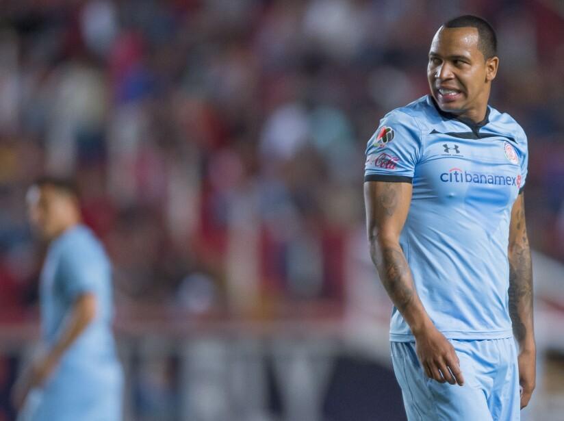Necaxa inició ganando con el tanto de Mauro Quiroga pero Toluca igualó gracias a la aparición de Emmanuel Gigliotti. Con el empate, Los Rayos se mantienen en 5º y los Diablos Rojos en 16to. lugar.