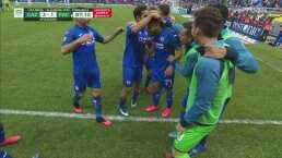 Juan Escobar termina un contragolpe letal y los celestes ganan 3-1