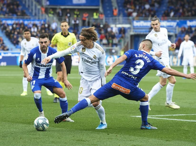 Ramos (52') abrió el marcador, Pérez (65') empató cobrando un penal y Carvajal (69') puso el segundo para el marcador definitivo.