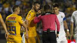"""Jesús Molina explotó: """"El árbitro le regala el 2-0 a Tigres"""""""