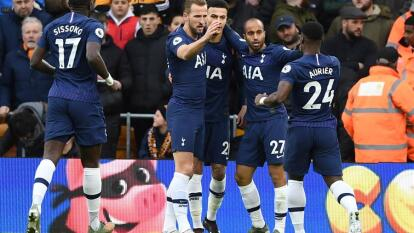 Con gol de último minuto de Vertonghen, Tottenham logra rescatar los tres puntos en casa ante Wolverhampton que no dejó de luchar hasta el último minuto, sin embargo Spurs se queda con el triunfo. Raúl Jiménez tuvo presencia en el partido, sin embargo no logró anotar.