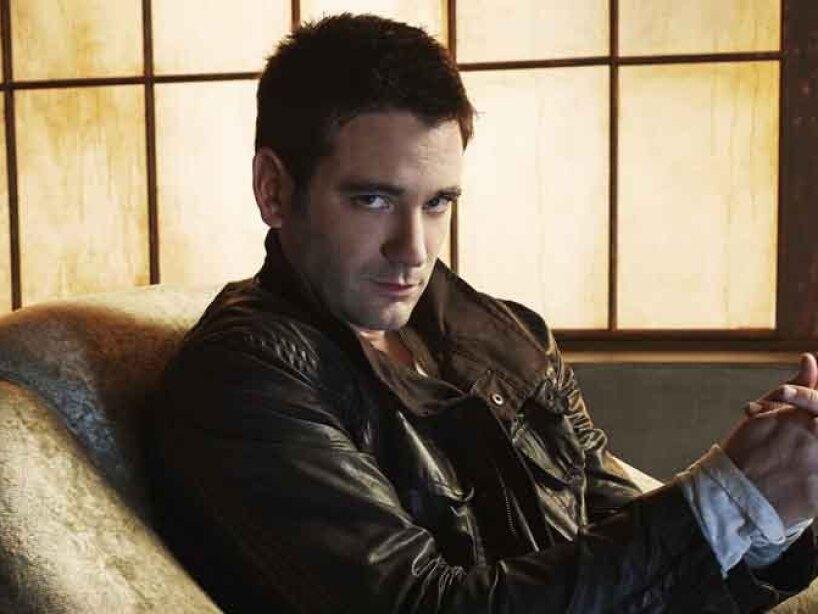 13. Colin Donnell: Dejó Arrow en la primera temporada, pero aparecerá en una comedia sobre tres parejas muy diferentes.