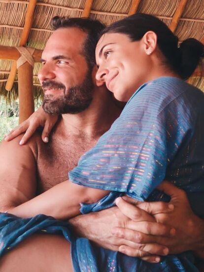 Ana Brenda Contreras sorprendió a sus millones de seguidores con la fotografía que compartió en Instagram en la que aparece entre los brazos de Zacarías Melhem, el apuesto empresario con el que había sido relacionada desde principios de 2020.