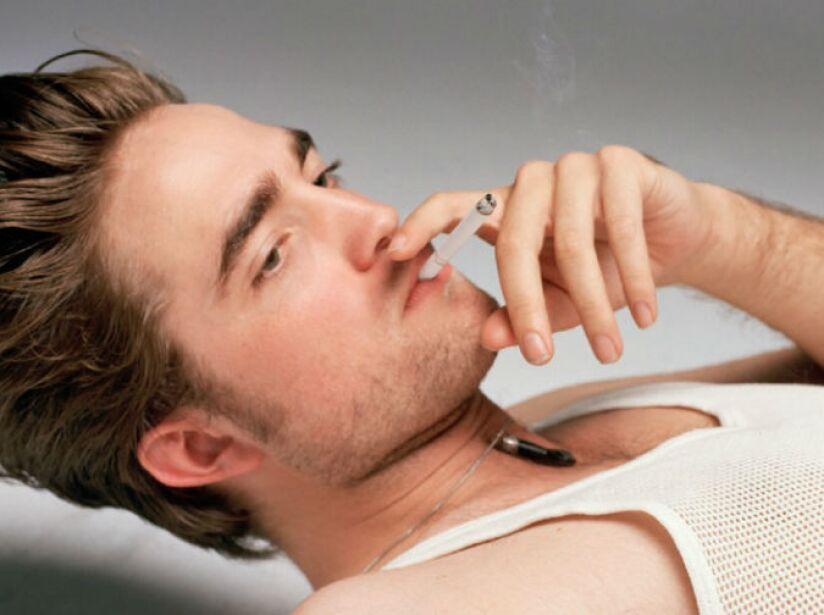 Pattinson comenzó su carrera interpretando a Cedric Diggory, en Harry Potter y el cáliz de fuego (2005).