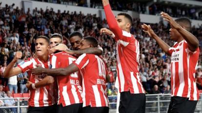 El PSV supera por tres goles al Apollon.