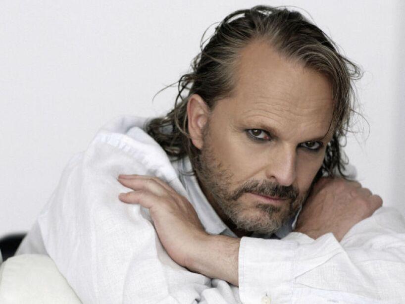 3. Miguel Luchino González Bosé: Su primer nombre y apellido materno forman su ahora nombre artístico.