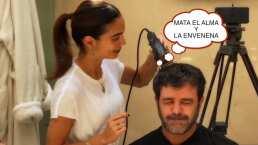 Entre risas y miedos, Biby Gaytán le corta el cabello a Eduardo Capetillo en plena cuarentena