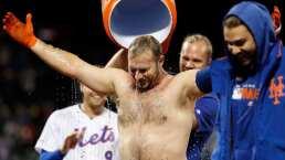 Pete Alonso perdió hasta la franela en el triunfo ante Phillies