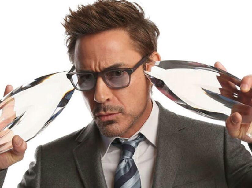 Cuando era niño, Downey estuvo rodeado por las drogas. Su padre era un adicto a los narcóticos.