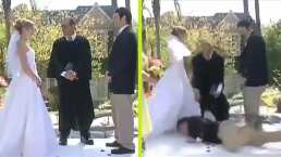 ¡Novia al agua! Padrino arruina boda por tropezarse en plena ceremonia