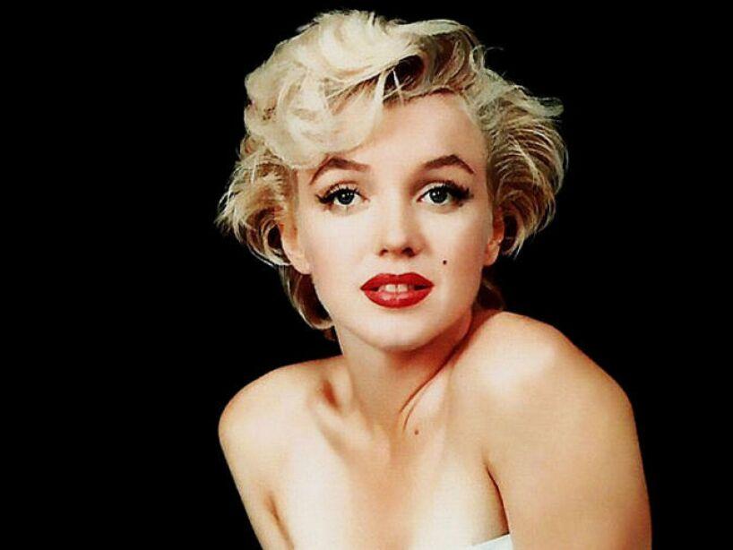 8. Norma Jeane Mortenson: El máximo símbolo sexual del cine norteamericano no se llamaba Marilyn Monroe.