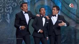 VIDEO: Adal Ramones, Omar Chaparro y Adrián Uribe en los Premios TVyNovelas