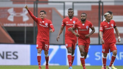 Con gol de Diego Hernández al minuto 60, el Toluca consigue los tres puntos que los pone como líderes del torneo a la espera del resultado de Cruz Azul.