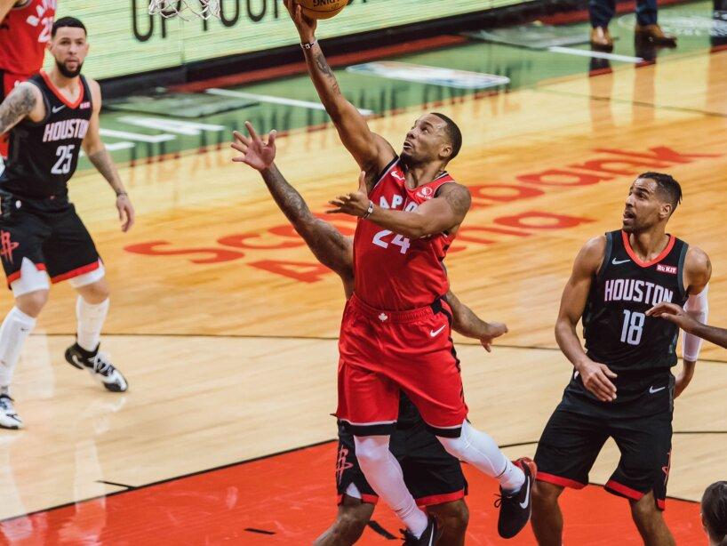 Raptors vs Rockets 1.jpg