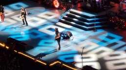 La caída de Axl Rose en concierto de Guns N' Roses