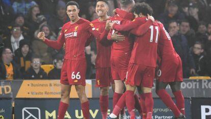 Con goles de Jordan Henderson y Roberto Firmino, Liverpool gana y alarga su racha de victorias a 14.