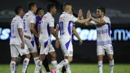 Cruz Azul comanda la tabla de posiciones y Pumas cae al cuarto lugar
