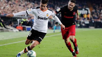 Con goles de Gabriel paulista y Geoffrey Kondogbia por parte del Valencia y Marcos Llorente y Thomas Partey por parte del Atlético, Valencia y Atlético dividen puntos en Mestalla.