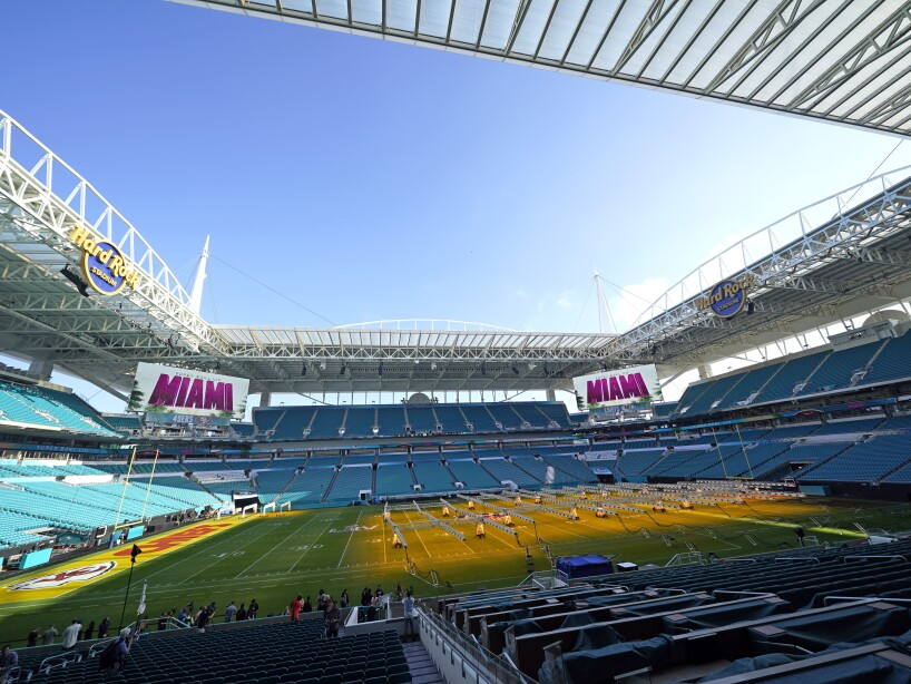 Hard Rock Stadium, grow lights