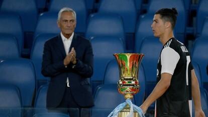 Cristiano Ronaldo se quedó con las ganas de levantar la Copa de Italia, pues no pudo hacer nada durante los 90' ante el Napoli y también desapareció de la lista de cobradores en los penales. Aquí está la historia de 'El Bicho' en los tiros desde el punto penal.