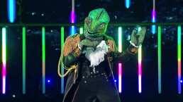 """Camaleón canta """"Taki Taki"""" en ¿Quién es la Máscara?"""