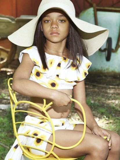 Rihanna quedó impactada al encontrar a una pequeña niña que es idéntica a ella.