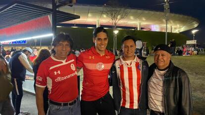 Cae la noche en Guadalajara y el Estadio Akron se alista para albergar el Chivas vs Toluca.