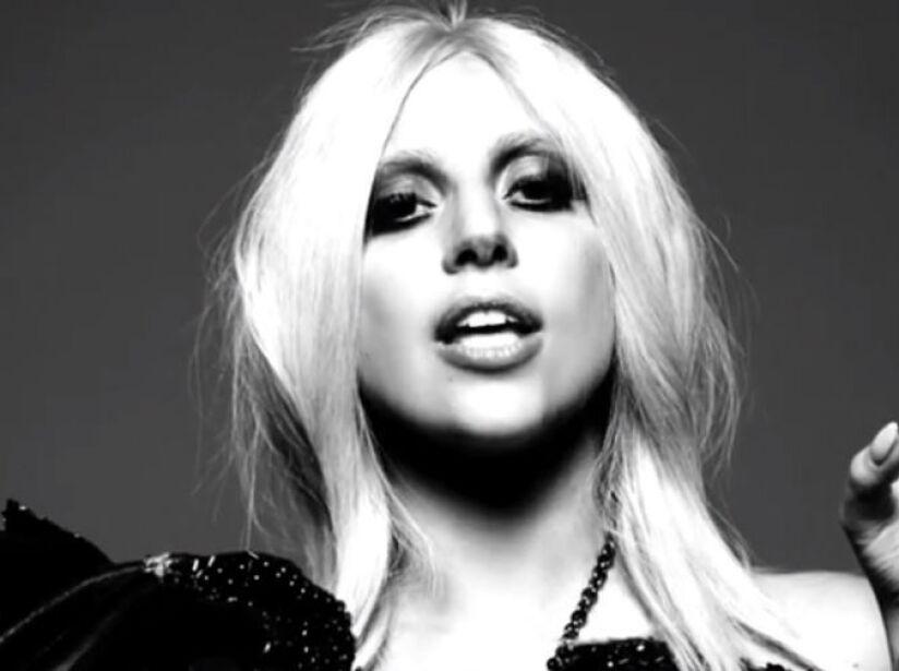 10. Lady Gaga: La cantante dice que todo lo que gana lo invierte para financiar sus espectáculos. ¿Le creemos?