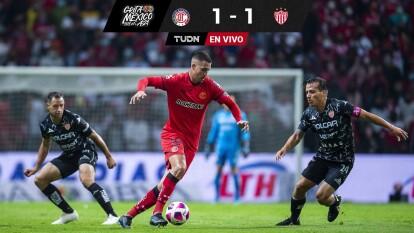 FINAL   ¡Toluca rescata el empate con uno menos!
