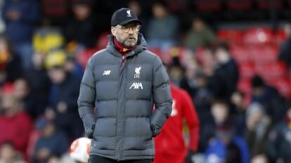 Liverpool perdió de visita 3-0 y se terminó el récord de partidos sin conocer la derrota en la liga. | Liverpool alcanzó 27 juegos sin conocer la derrota en la Premier League.