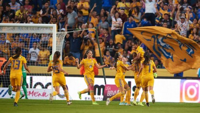 Tigres Femenil golea con autoridad a Pachuca y espera rival para la Final.