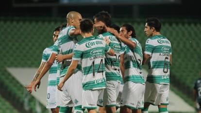 Con goles deOctavio Rivero y Josecarlos van Rankin, los Guerreros despachan al Querétaro en casa y se adueñan de los tres puntos.