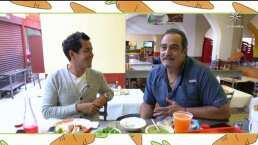 Omar Fierro revela sus mejores tips para escoger verduras, comprar y comer tacos en el mercado