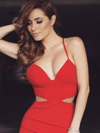 Conoce a Cynthia Rodríguez, la novia del coach de La voz… México, Carlos Rivera.