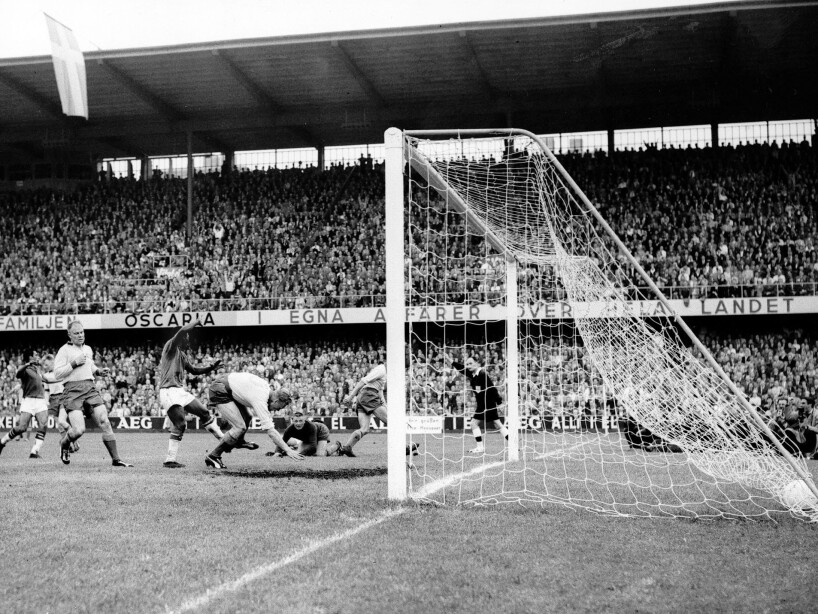 SOCCER WC FINAL SWEDEN BRAZIL 1958 - 3