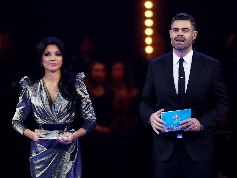 La rumana, Corina Caragea fue la encargada de llevar la ceremonia del sorteo para la próxima justa continental.