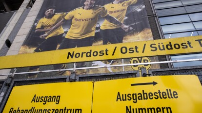 El Borussia Dortmund, anunció el pasado viernes que proporcionará la tribuna norte del estadio de fútbol más grande de Alemania para pruebas de coronavirus y atención de pacientes de COVID-19.