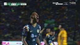 ¿Otra vez Salcedo? Regala un penalti que Aguilera convierte 2-4