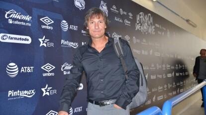 Ex-futbolista argentino que se naturalizó mexicano. Jugó para el Pachuca y actualmente es entrenador de Juárez FC.