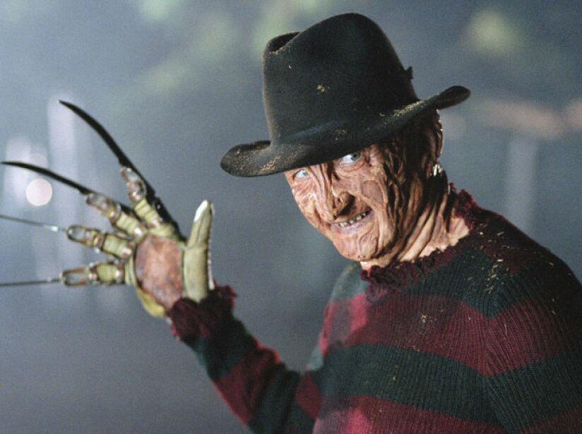 5. Freddy Krueger: Este chico malo se aparece en tus pesadillas, gracias a él nos dio miedo irnos a dormir.