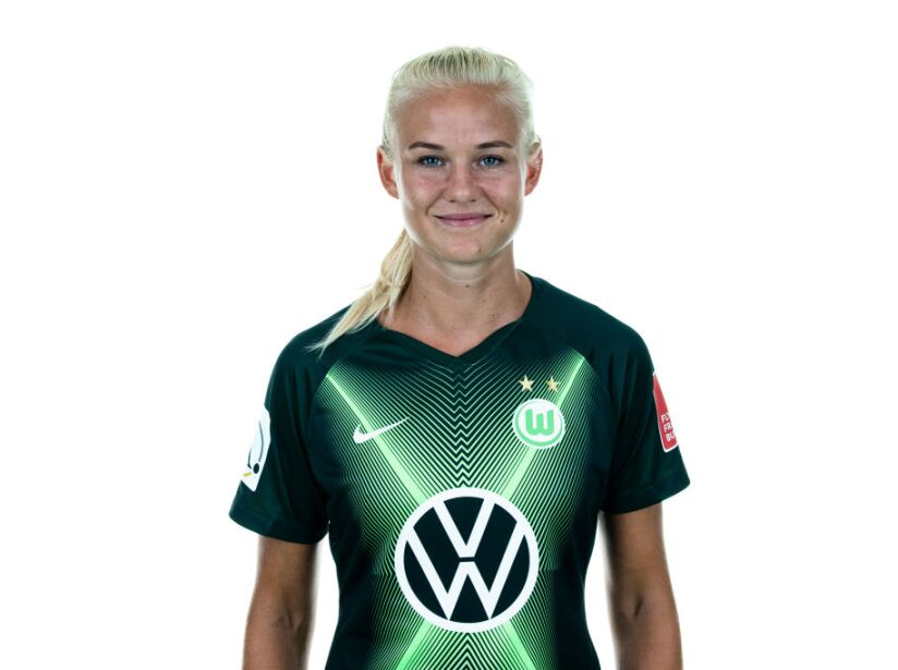 VfL Wolfsburg Women's Team Presentation