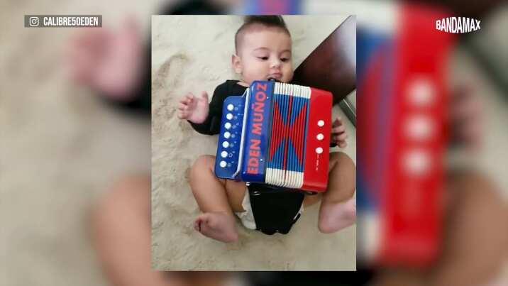 Bebé de Edén Muñoz 'toca' el acordeón