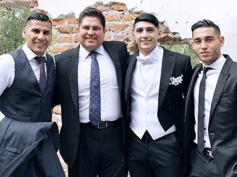 Alan Pulido, boda 4.jpg