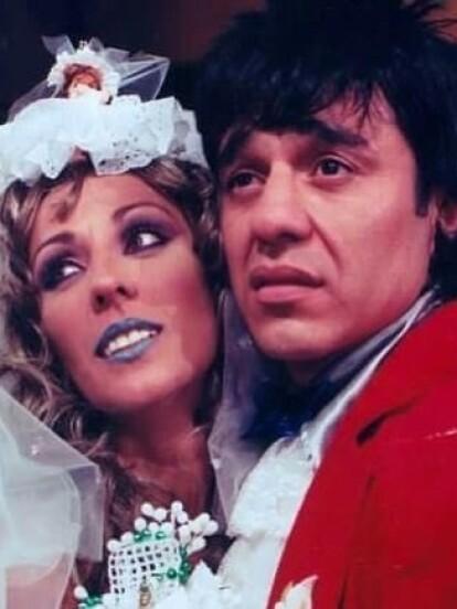 Pese a que no fue el primer programa de Uribe, 'La Hora Pico' (2000-2007) fue el programa donde el comediante se consolidó con personajes como 'Vitor', 'Carmelo', 'Celostina' y 'Poncho Aurelio'. Precisamente con este personaje participó durante dos años en 'Humor es...Los Comediantes' de 1999 a 2001.