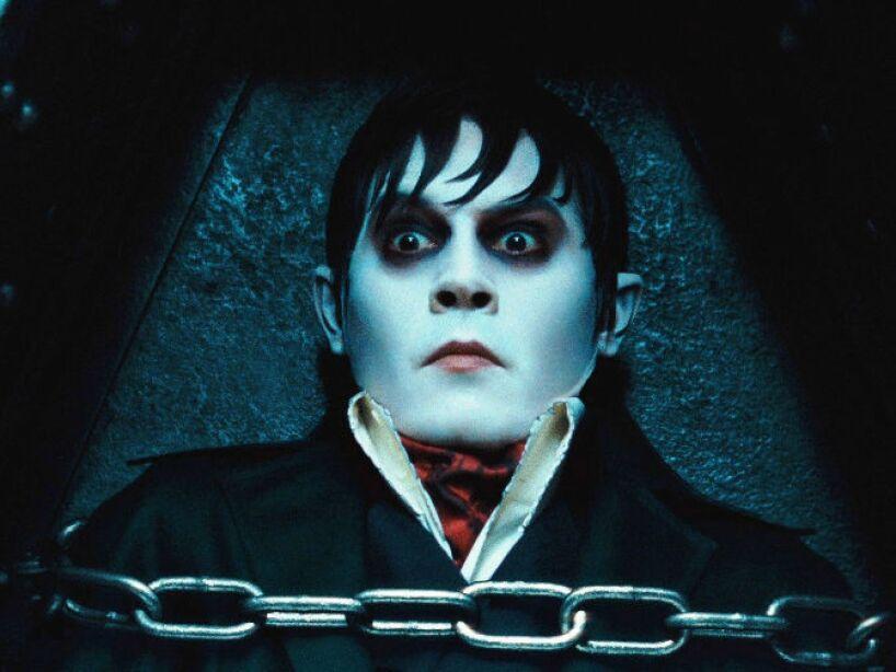 1. Dark Shadows (2012): Johnny Depp se reúne nuevamente con el director Tim Burton en Dark Shadows, donde hace de vampiro.