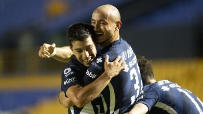 Pumas empata con Tigres y mantiene el invicto en el Guard1anes 2020   Carlos González apareció para rescatar un punto del Volcán en un partido de pocas emociones.