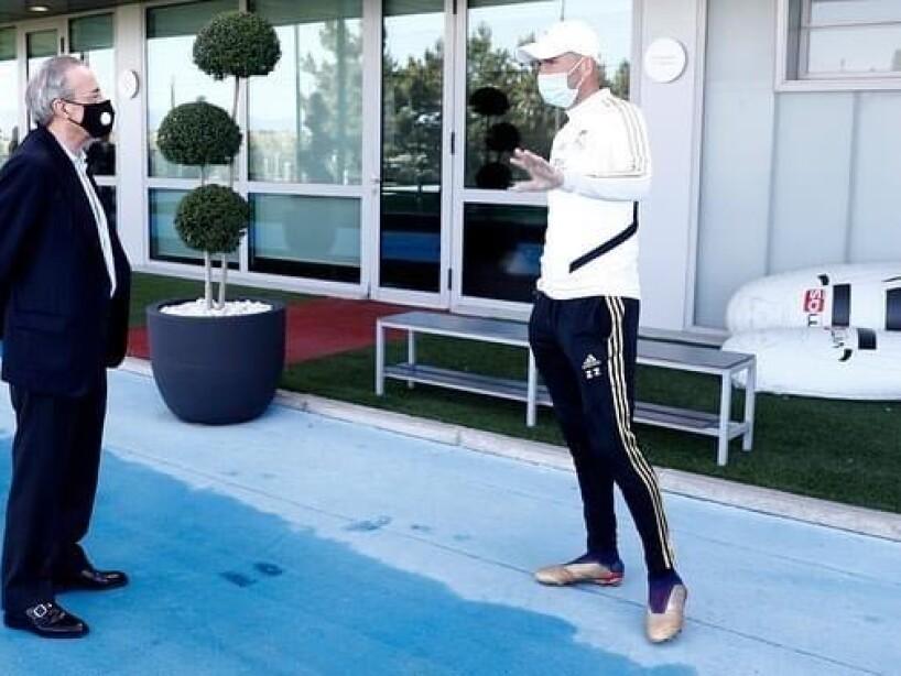 3 Florentino Pérez-Zidane.JPG