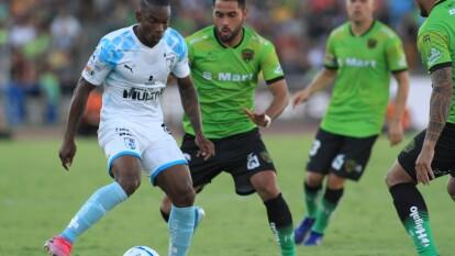 Juárez no pudo con 10 hombres y cayó 2-0 ante el superlíder Querétaro en el cierre de la Fecha 5 en la Liga MX.
